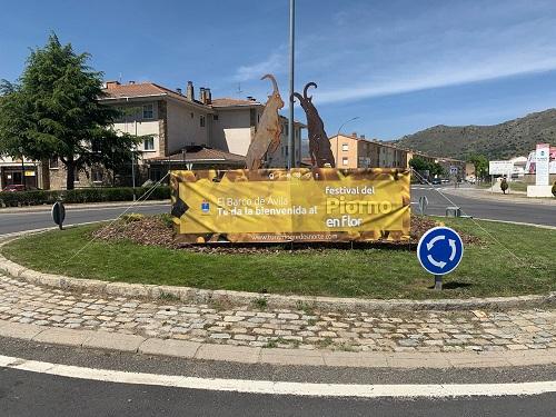 Barco de Ávila da la bienvenida al Festival del Piorno en flor 2021