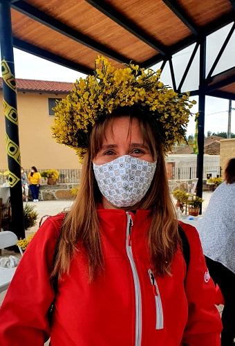 """Vecina """"empiornada"""". Festival del Piorno en flor 2021."""