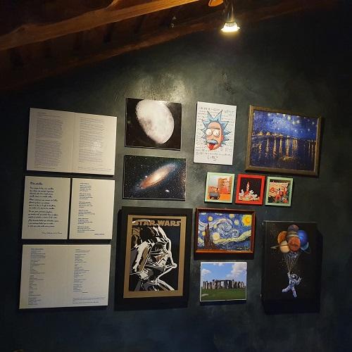 Interior de la Casa del Altozano, en Navarredonda de Gredos, Ávila. Casa Premio Starlight