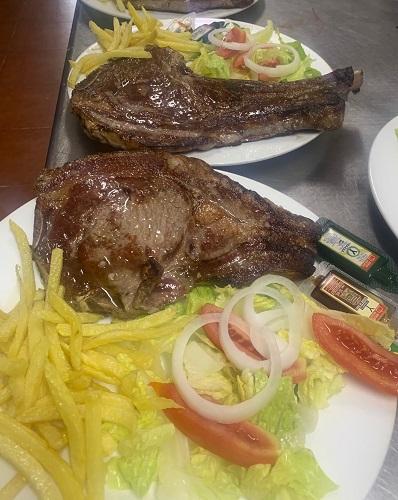 Chuletón de La Cañadilla, en San Martín de la Vega. Ávila. Comer en Gredos.