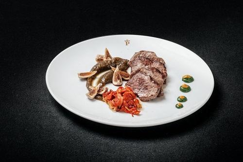 Plato del restaurante Huerta del Rey del Parador de Gredos. Comer en Gredos.
